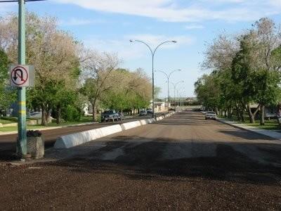 Macklin - Main Street