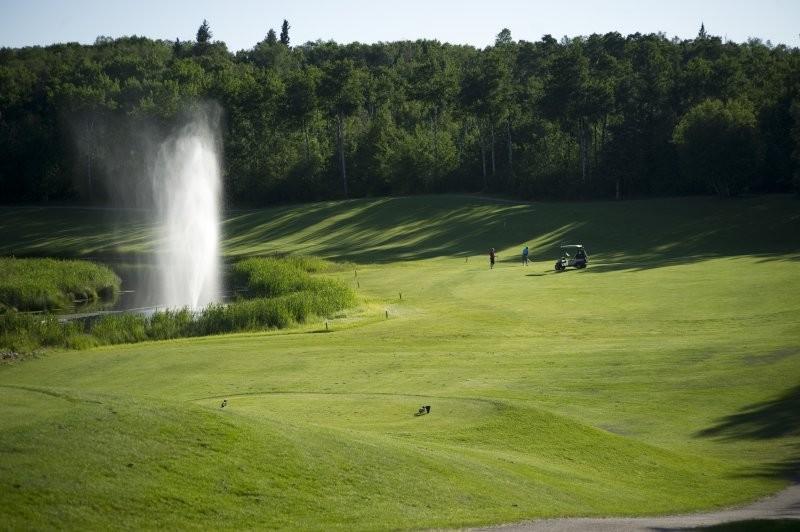 Makwa Golf Course