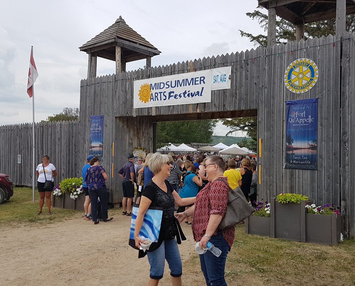"""Mid Summer's Art Festival held annually at """"the Fort"""" in Fort Qu'Appelle"""