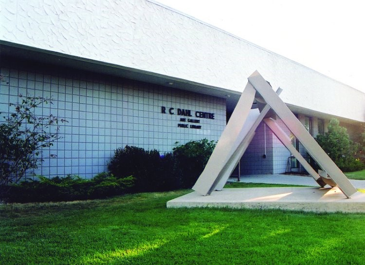 Art Gallery of Swift Current - Features regional, provincial, and national artwork